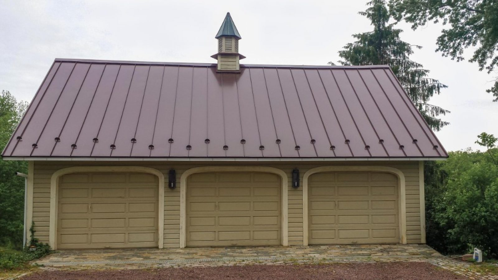 Roofing job by Hilllcrest Roofing and Siding.